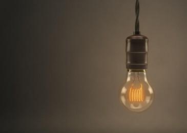 Antes de firmar… ojo a las ofertas de luz y gas