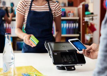 ¿Quién paga con tarjeta de crédito?